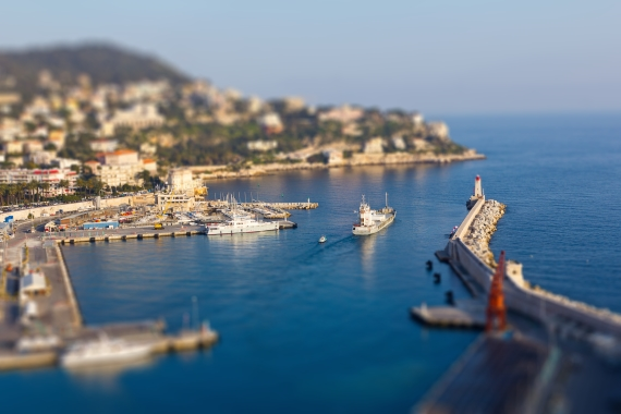 24mm tilt shift